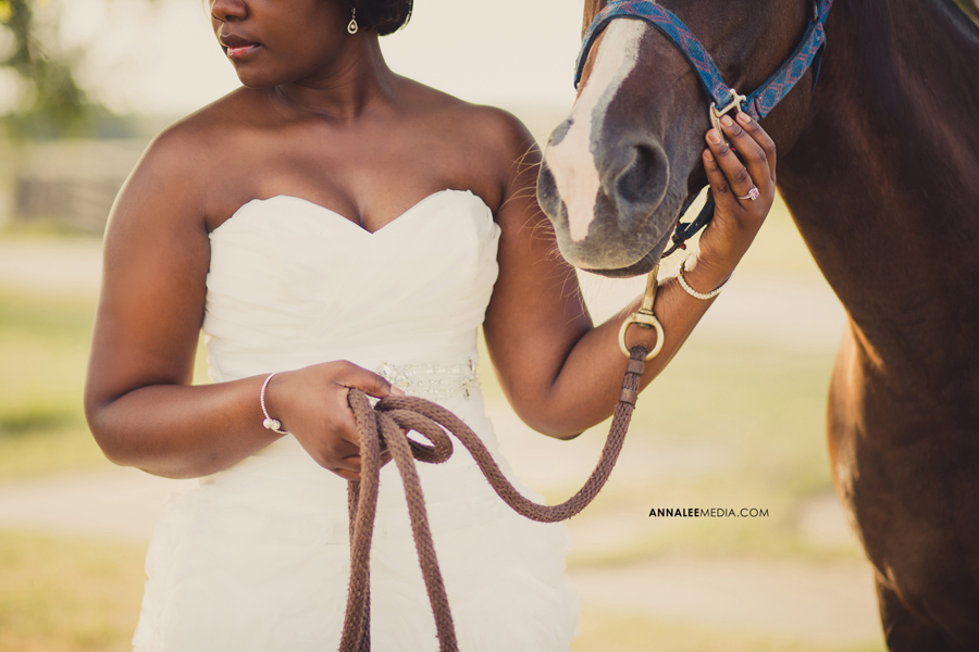 Nkanga-Nsa-Wambi-wedding-dress-horse-2-bridal-shoot-okc