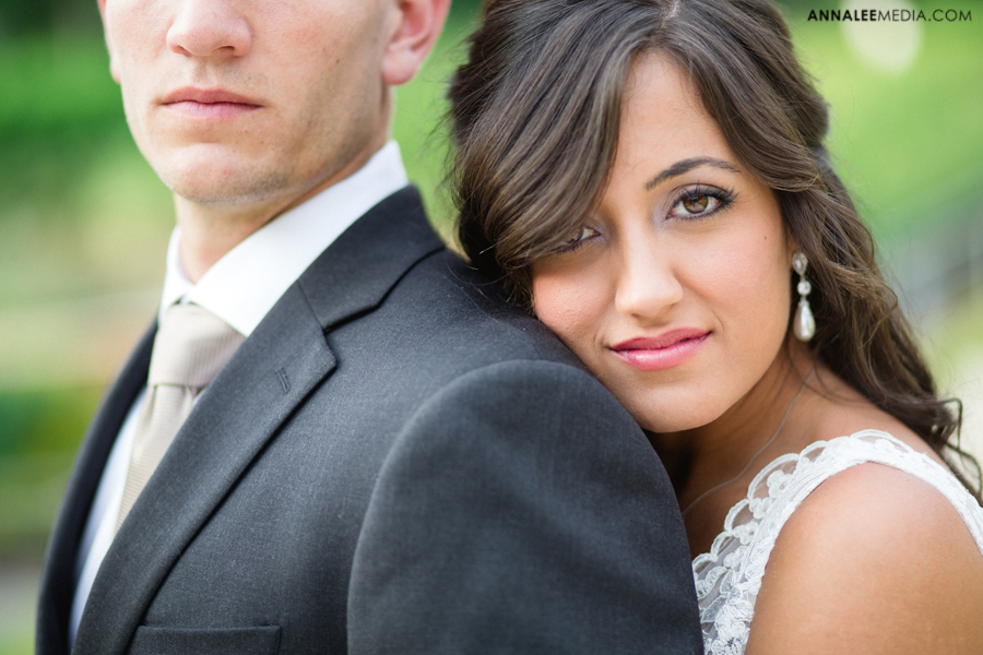 1-post-wedding-couple-bridals-lauren-buchanan-ryan-elassal-okc-wedding-photographer-pose-myriad-gardens