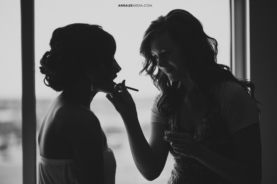 2-norman-oklahoma-wedding-photographer-lauren-buchanan-ryan-elassal-summer-2013-prep-makeup-silhouette