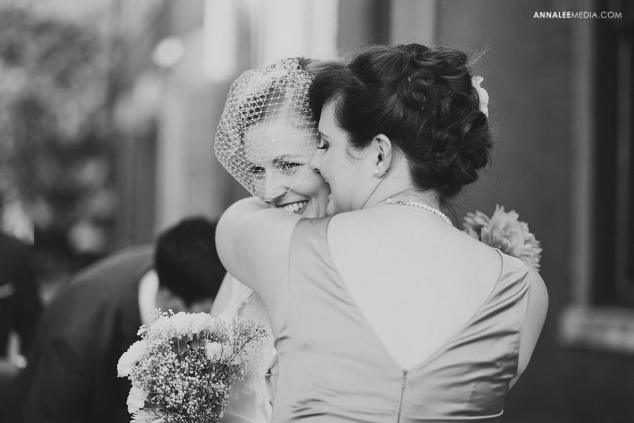 25-oklahoma-wedding-photographer-kasey-steffen-andrew-boes-sandplum-event-center-guthrie-ok-okc-candid