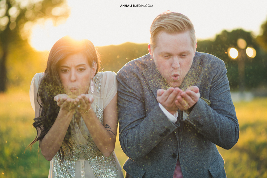 10-oklahoma-wedding-photographer-alexa-dumas-brandon-land-modern-stylish-hipster-blow-glitter-couple-portraits-pose