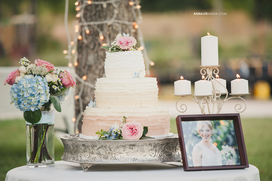 35-oklahoma-wedding-photographer-harrah-ashlynn-prater-josh-mcbride-rustic-backyard-country-vintage-eclectic-modern-stylish-cake-table-bouquet-reception-decor
