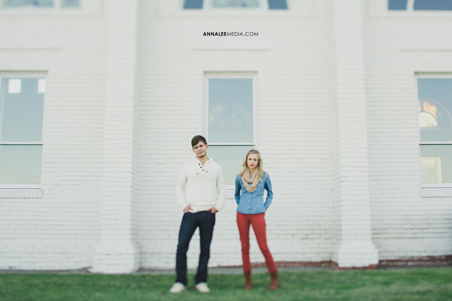 8-Oklahoma-wedding-engagement-photographer-caleb-collins-hannah-adel-modern-stylish-young-hipster-couple-portraits-pose-el-reno-chapel-creek-winery-vinyard