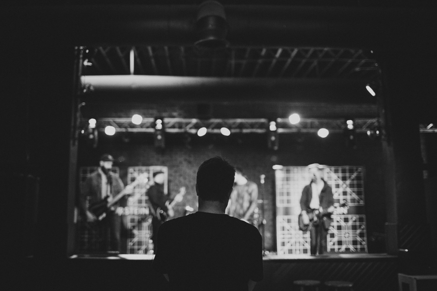 25-silverstein-band-candid-tour-photographer-okc-la-austin-anna-lee-media