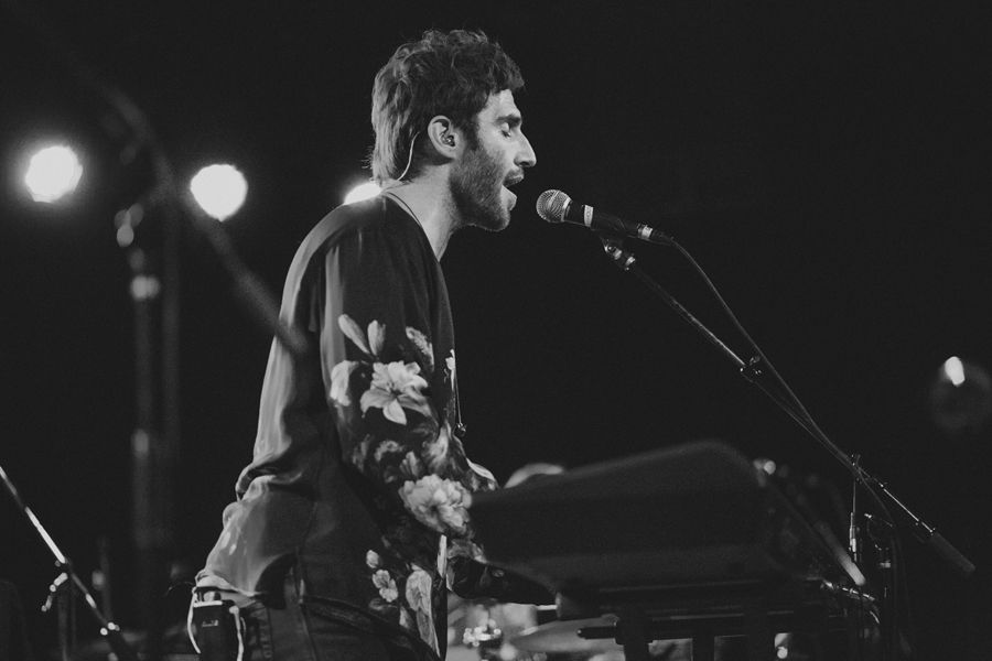 7-smallpools-sean-scanlon-tour-photographer-anna-lee-media