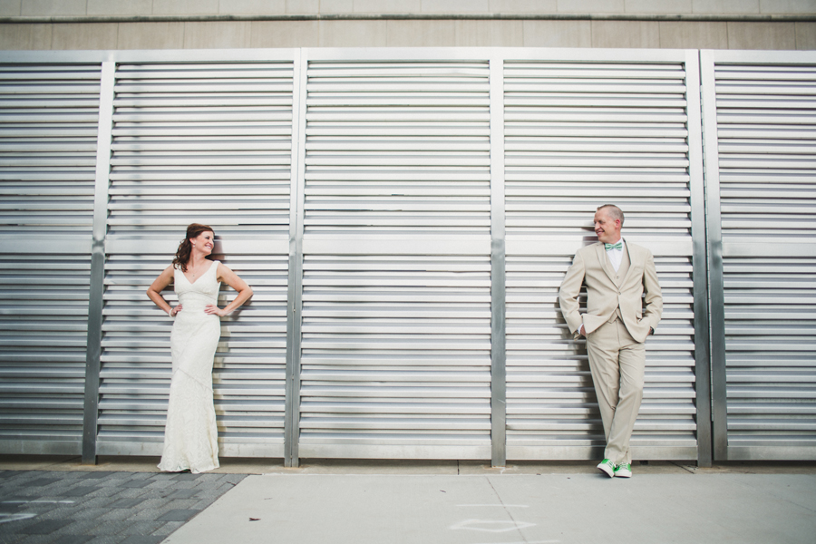 7-okc-wedding-photographer-okcmoa-art-museum-rooftop-melanie-pearce-michael-smith