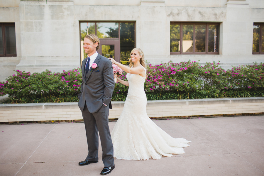 10-ok-heritage-museum-okc-wedding-photographer-kelly-hogan-nathan-laughlin-first-look