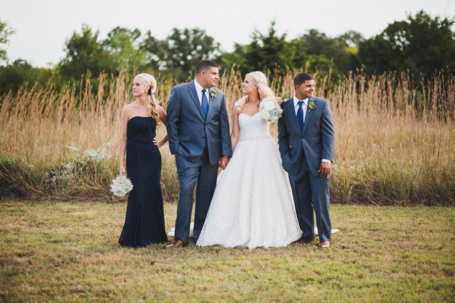20-red-barn-waldos-pond-wedding-photographer-okc-morgan-walker-drew-clayton-anna-lee-media