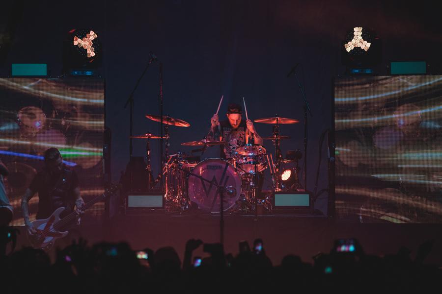 21-gabe-barham-drummer-sws-sleeping-sirens-world-tour-viejas-arena-san-diego