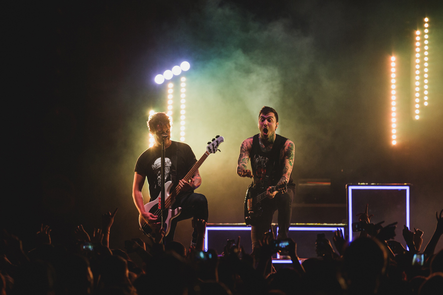 21-ptv-pierce-veil-world-tour-viejas-arena-san-diego