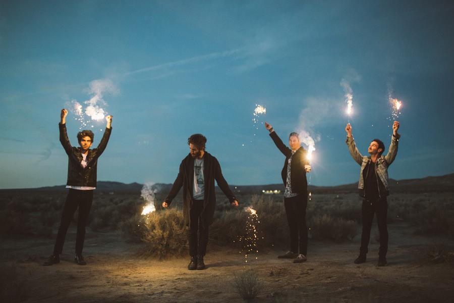 29-smallpools-lovetap-promo-sparklers-album-art-back-cover-2015-anna-lee-media-tour-photographer
