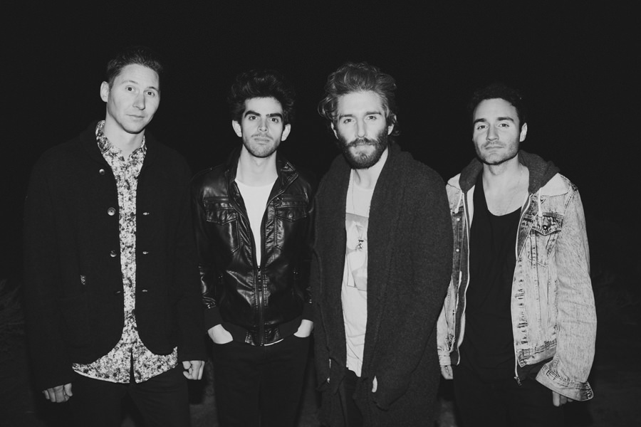 31-smallpools-lovetap-promo-album-art-2015-anna-lee-media-tour-photographer
