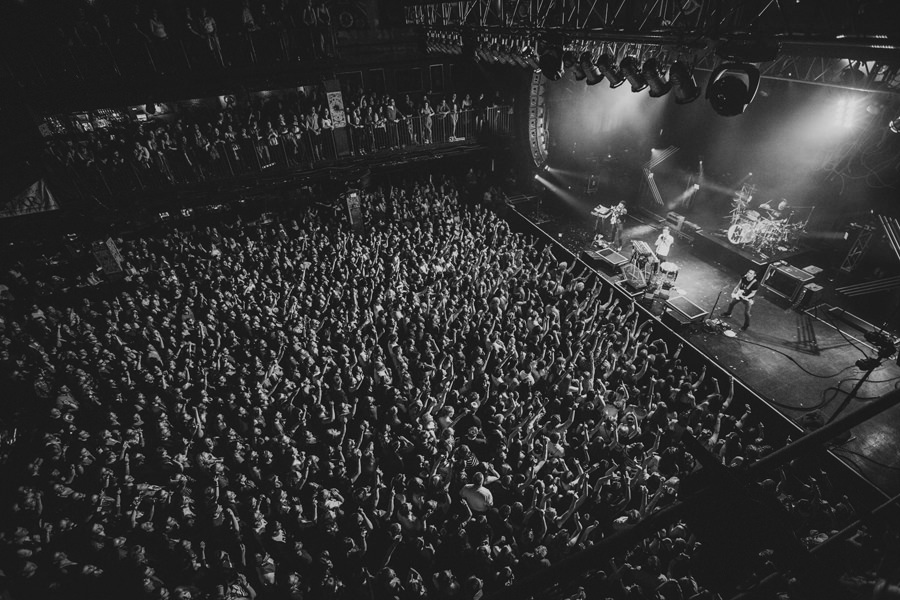 9-walk-the-moon-wtm-tih-tour-boston-hob-crowd-sold-out