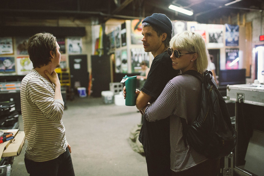 30-grouplove-honda-civic-tour-dallas-backstage-christian-hannah