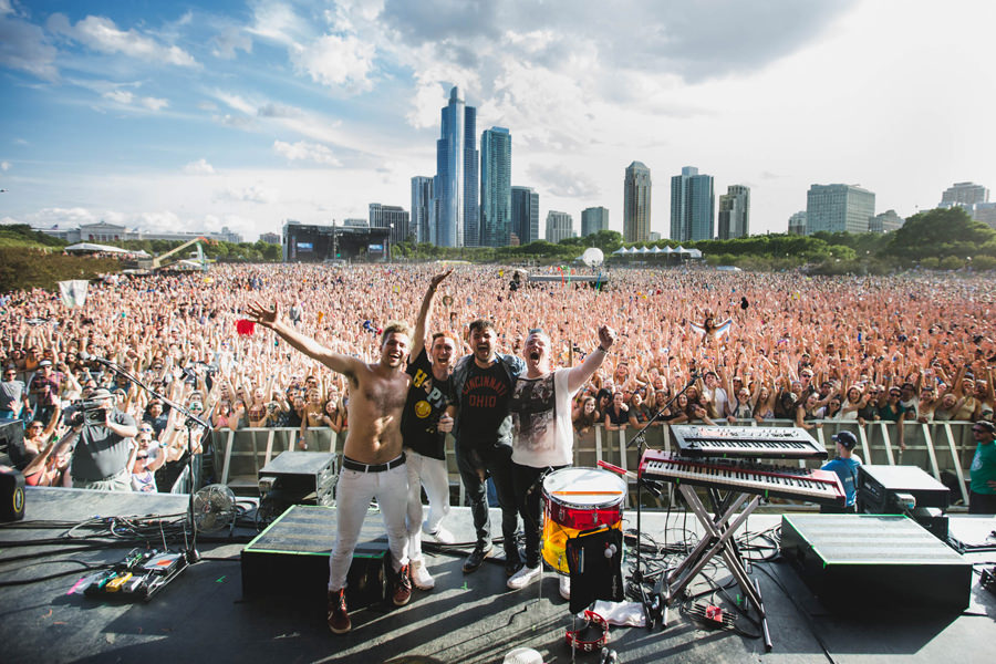 34-walk-the-moon-wtm-tih-tour-lollapalooza-band-crowd-shot