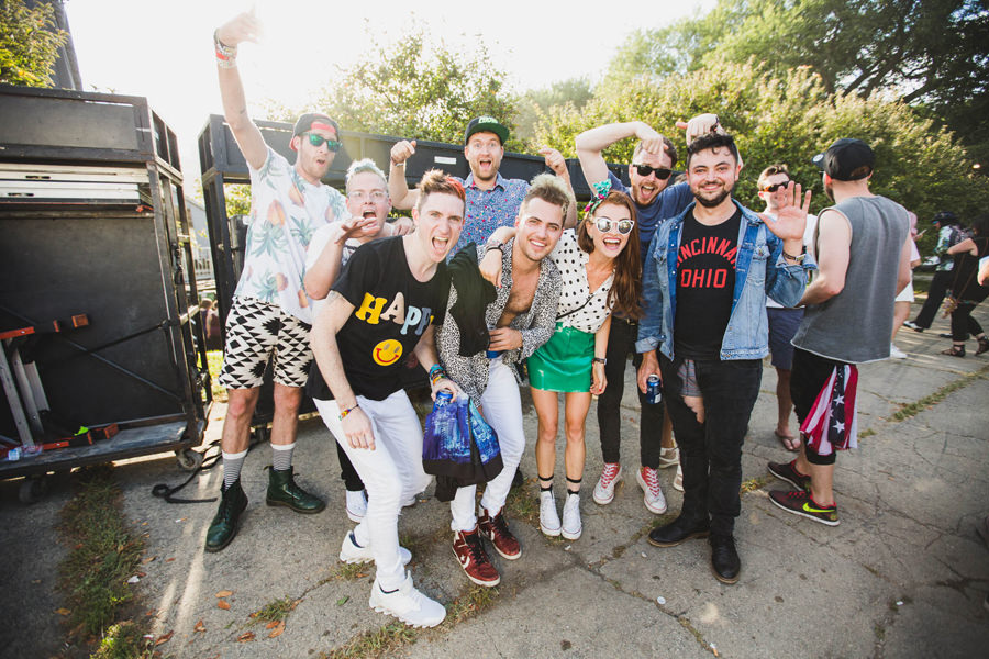 35-walk-the-moon-wtm-tih-tour-lollapalooza-misterwives