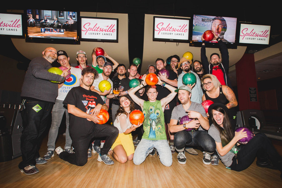56-walk-the-moon-wtm-tih-tour-bowling-crew