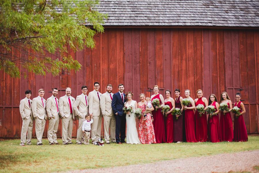 15-harn-homestead-okc-wedding-photographer-bridal-party-barn-los-angeles
