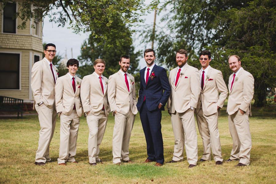 19-harn-homestead-okc-wedding-photographer-groomsmen-tan-navy-barn-los-angeles