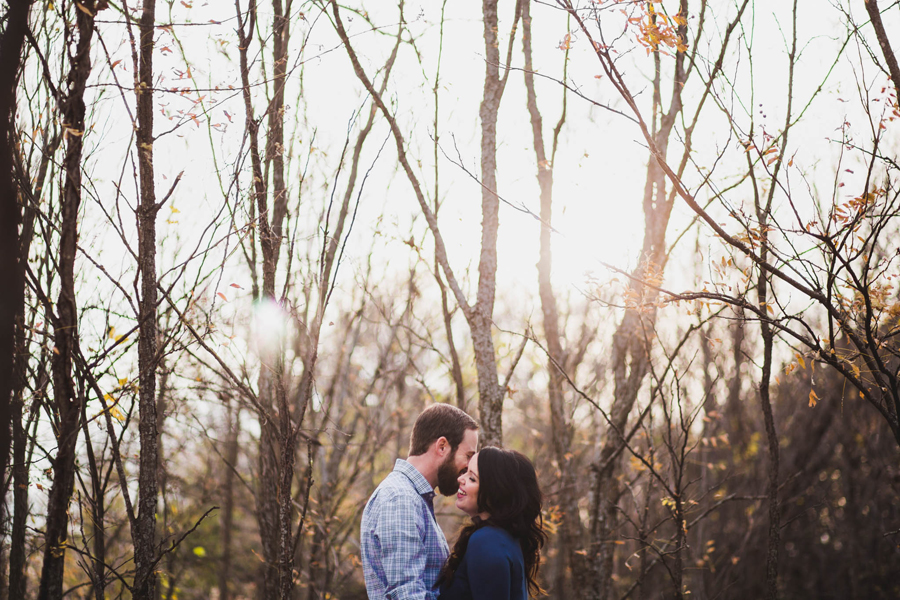 6-okc-fall-engagement-portraits-martin-nature-park-artsy-los-angeles-la