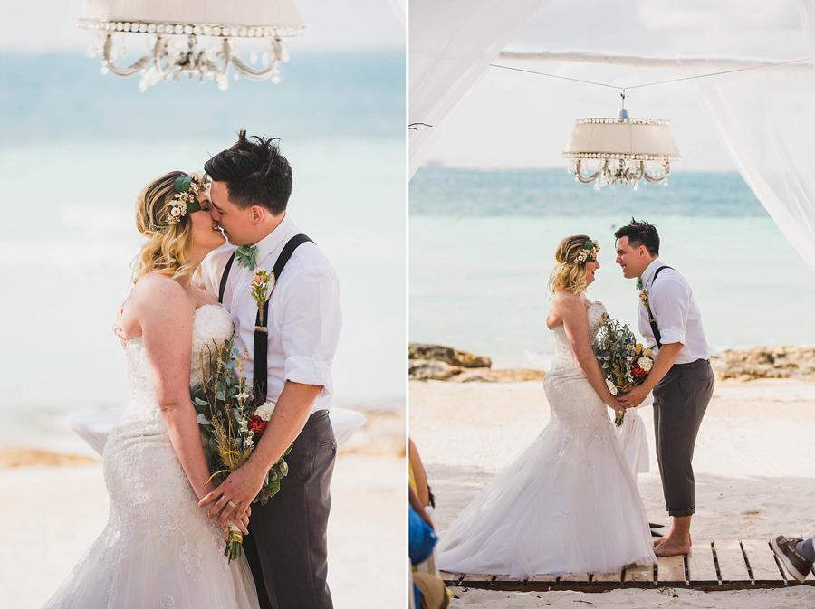 14-dream-sands-resort-destination-wedding-photographer-cancun-beach-ceremony-kiss