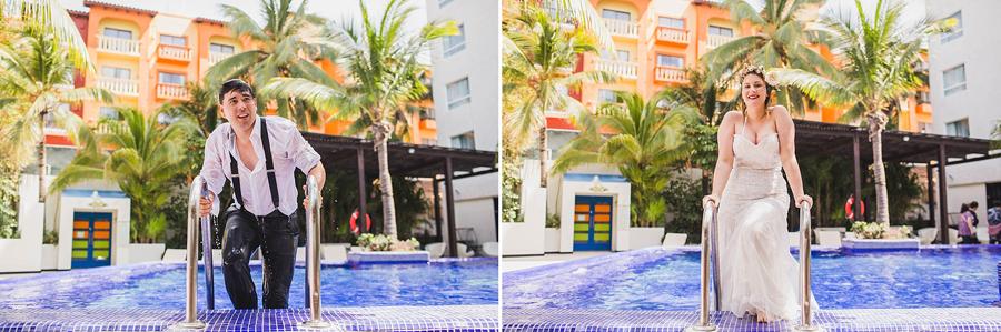 42-trash-the-dress-pool-beach-destination-wedding-photographer-cancun