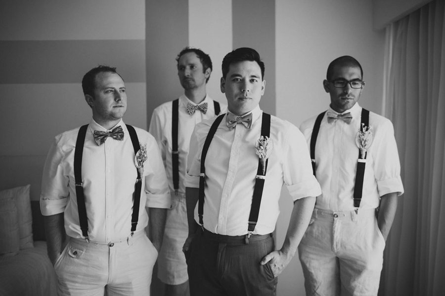 5-dream-sands-resort-destination-wedding-photographer-cancun-groomsmen