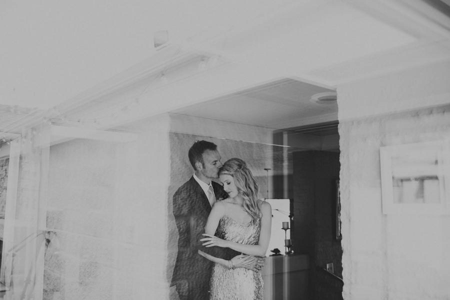 los-angeles-wedding-photographer-modern-backyard-norman-oklahoma-beth-vaughn-tyler-burns-12