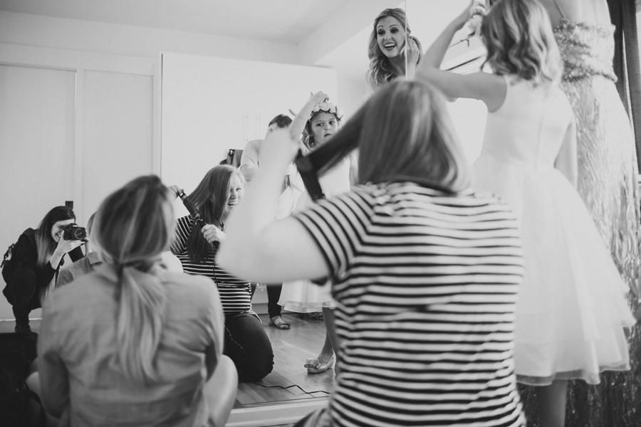 los-angeles-wedding-photographer-modern-backyard-norman-oklahoma-beth-vaughn-tyler-burns-3