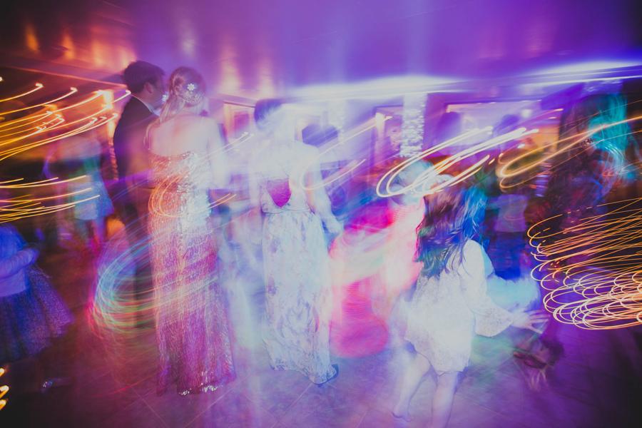 los-angeles-wedding-photographer-modern-backyard-norman-oklahoma-beth-vaughn-tyler-burns-39