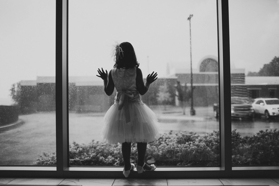 tulsa-oklahoma-wedding-photographer-gilcrease-museum-venue-steve-cluck-joy-jones-7-rain