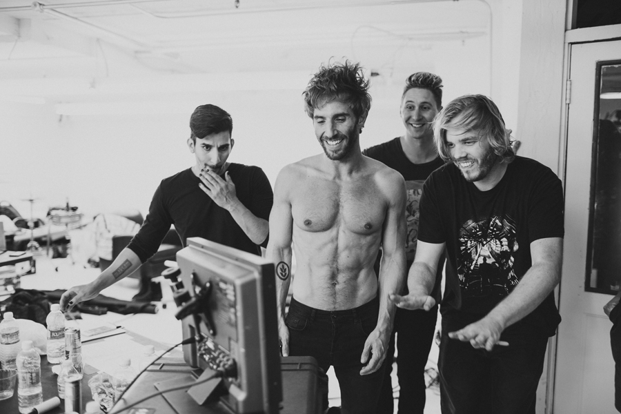 smallpools-run-with-the-bulls-video-bts-promo-23