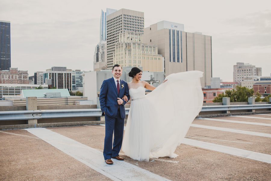 oklahoma-city-okc-wedding-photographer-lee-leach-downtown-32-magnolia-building