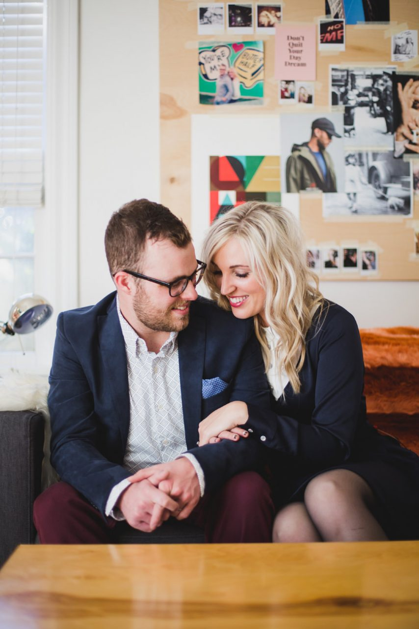 best-top-los-angeles-oklahoma-destination-engagement-photographer-hipster-modern-quirky-editorial-romantic-epic-15-house-home-lifestyle