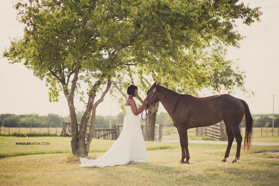Nkanga-Nsa-Wambi-wedding-dress-horse-bridal-shoot-okc