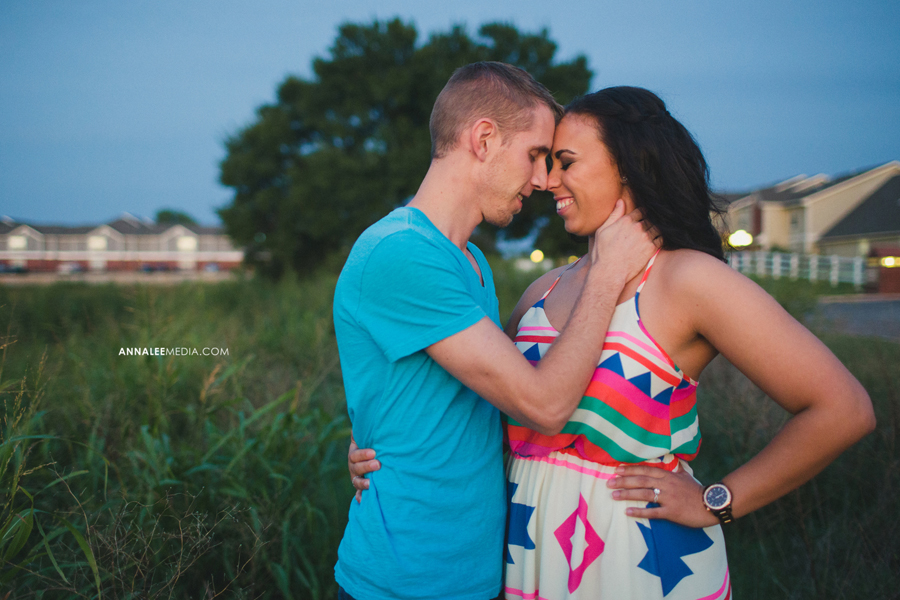 12-oklahoma-city-wedding-engagement-photographer-guthrie-rustic-fun-couple-portraits-miya-stevens-zac-resseguie