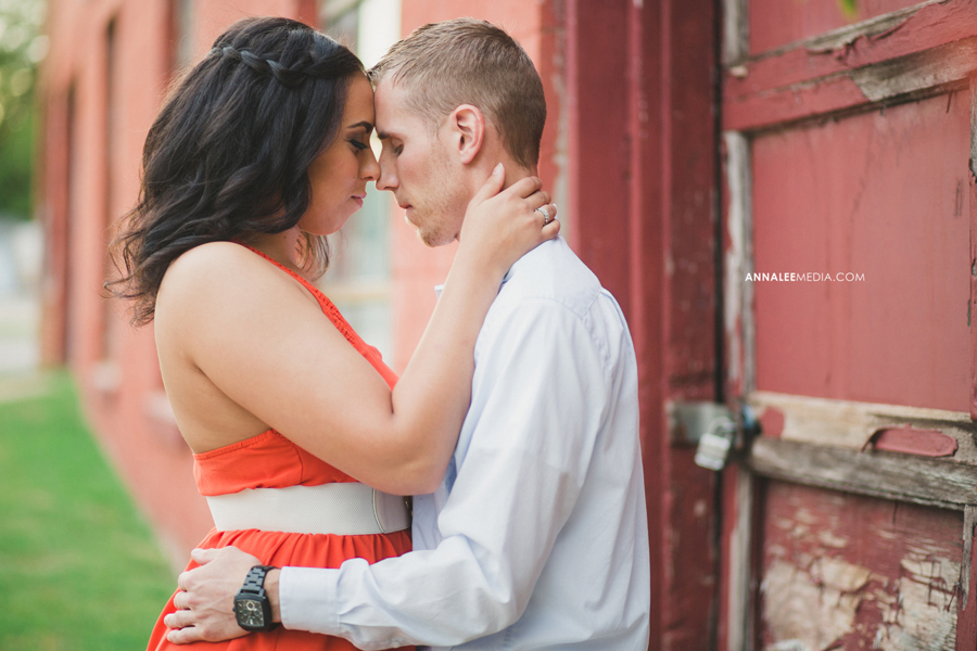5-oklahoma-city-wedding-engagement-photographer-guthrie-rustic-fun-couple-portraits-miya-stevens-zac-resseguie