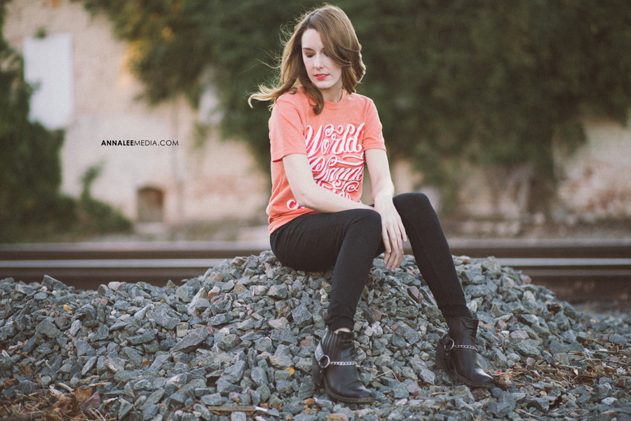 8-oklahoma-fashion-photographer-anna-lee-media-isssue-clothing-tshirts-world-change-inside-meghan-fossey-midtown-okc