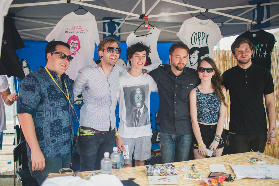 68-the-dangerous-summer-band-anna-lee-media-photography-australia-sydney-warped-tour-2013-candid-press-signing-aj-perdomo-cody-payne-matt-matthew-kennedy-ben-cato-fans-viral-brand-agency