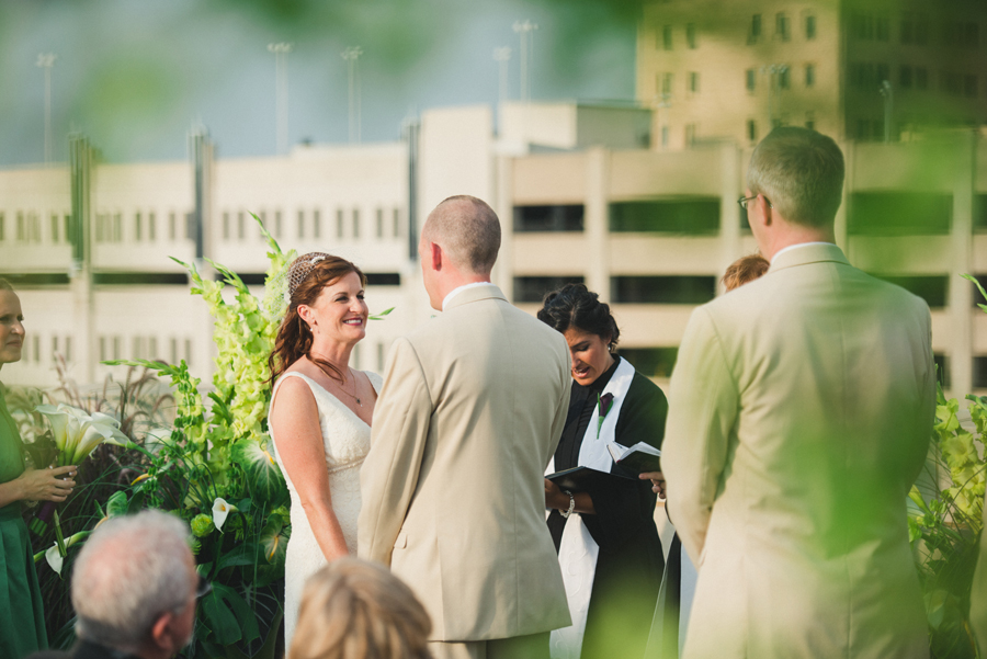 19-okc-wedding-photographer-okcmoa-art-museum-rooftop-melanie-pearce-michael-smith