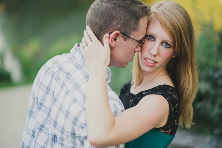 7-engagement-wedding-okc-photographer-myriad-gardens