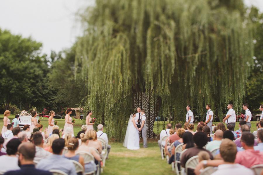 16-okc-wedding-photographer-edgemere-park-outdoor-laura-alderman-caden-mcmanaman