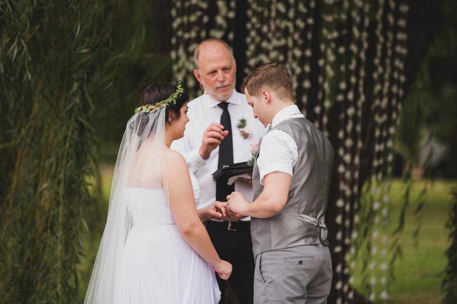 17-okc-wedding-photographer-edgemere-park-outdoor-laura-alderman-caden-mcmanaman