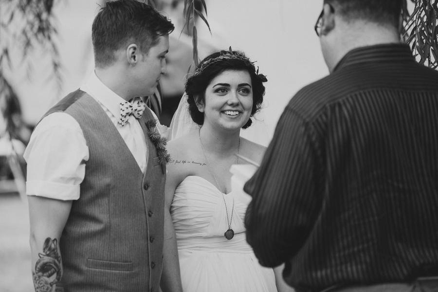 18-okc-wedding-photographer-edgemere-park-outdoor-laura-alderman-caden-mcmanaman