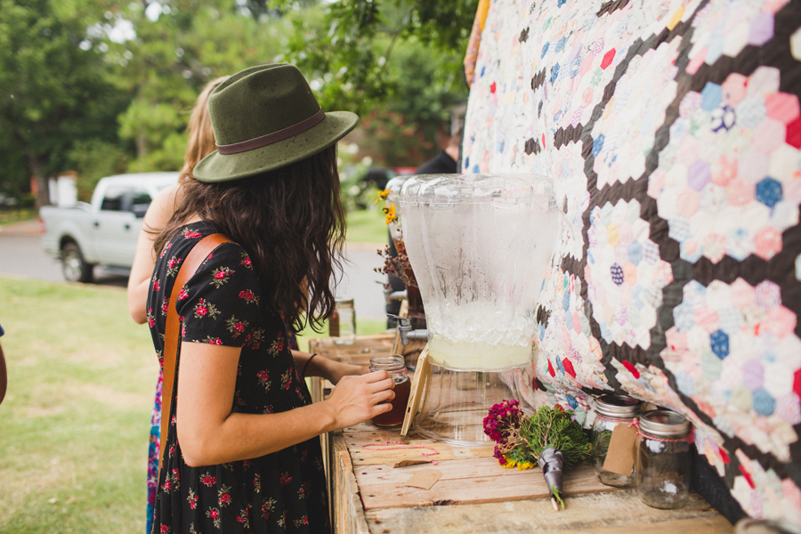 26-okc-wedding-photographer-edgemere-park-outdoor-laura-alderman-caden-mcmanaman