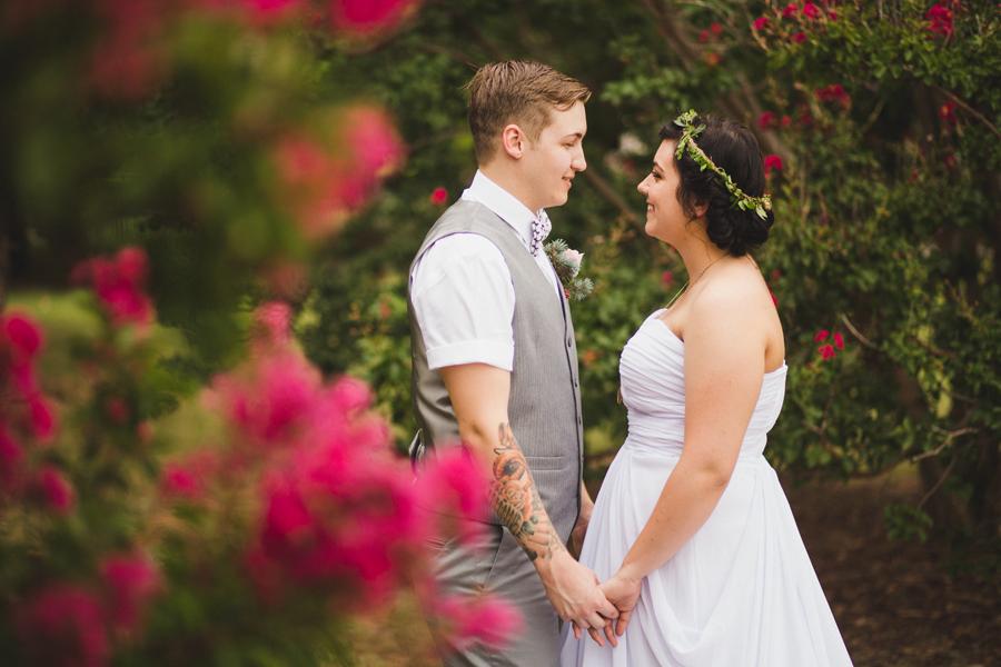 9-okc-wedding-photographer-edgemere-park-outdoor-laura-alderman-caden-mcmanaman