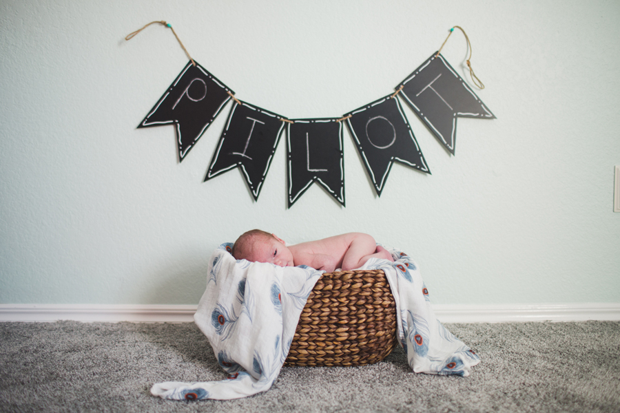 10-newborn-portraits-okc-brock-heather-lay-family-photographer-anna-lee-media