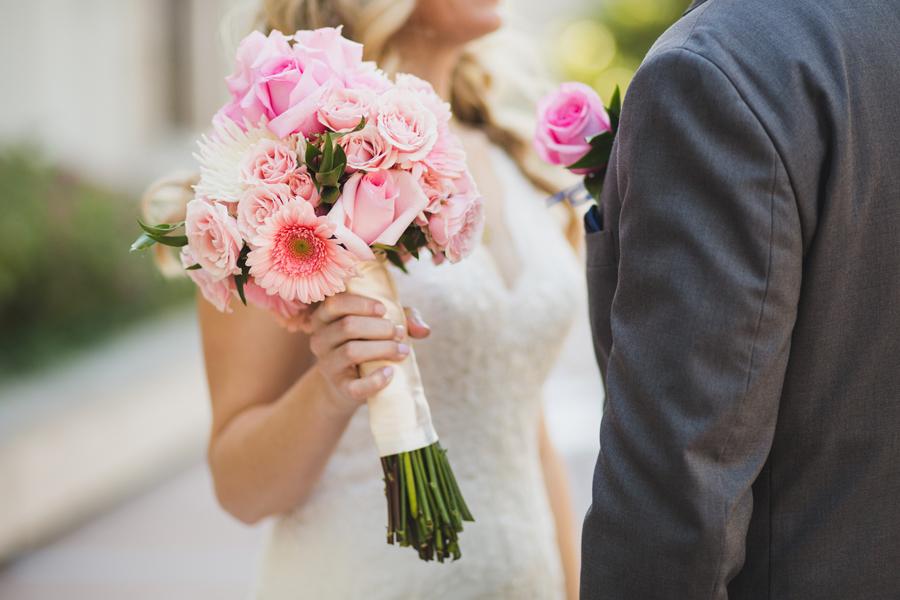 12-ok-heritage-museum-okc-wedding-photographer-kelly-hogan-nathan-laughlin-first-look
