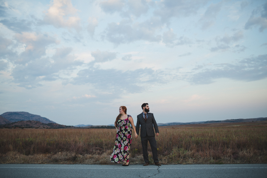 13-okc-wedding-engagement-photographer-wichitaw-mountains
