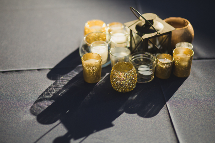 23-glitter-candle-wedding-reception-centerpeice